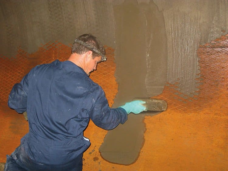Hot and Cold Water Tank Repair - Lining and Repairs to Water Tanks